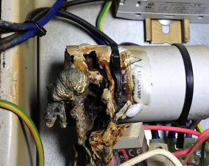 Lowara bore pump capacitor